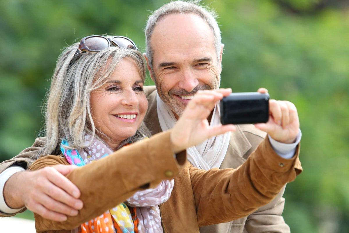 dental implant taking photo of new implants